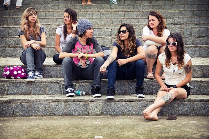 Yes, girls can skateboard !