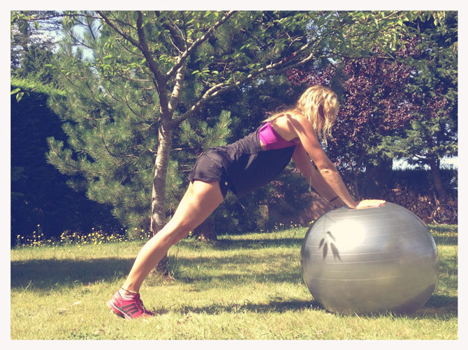 Ball Triceps-Extension
