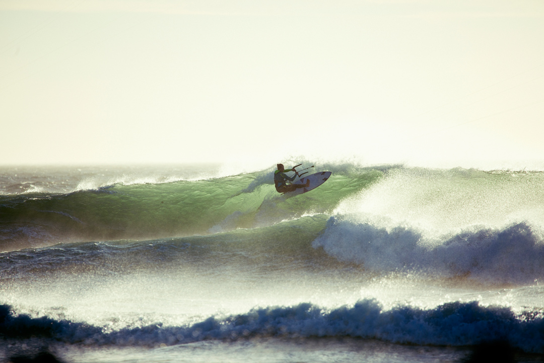 How to Crash in Waves - Jalou Langeree