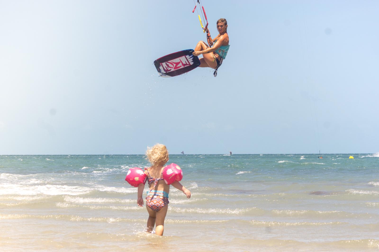 Date a girl that kites - KiteSista