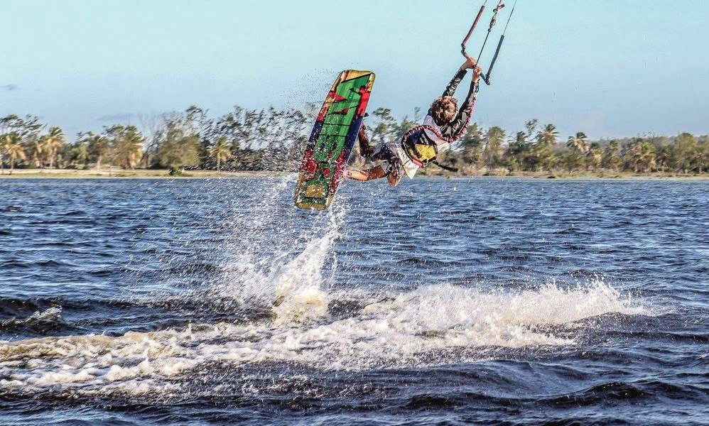KiteSista Kids: David Ribeiro – Gangsta Kite Paradise
