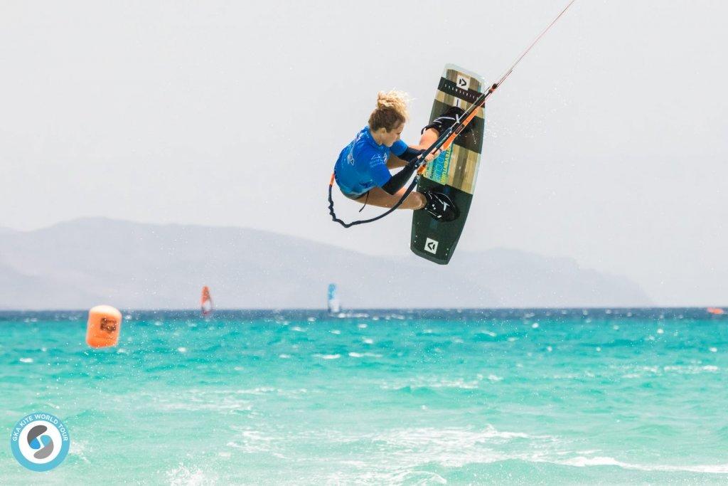 Paula-Novotna-GKA-Freestyle-World-Cup-Fuerteventura-2019-1024x683